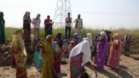 Mahila Manch doing MNREGA work in Chitrasenpur